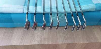 Wilson Golf Clubs (Irons)