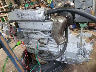 Marine engine YANMAR 4JH4-TE and gearbox overhauled and running nicely