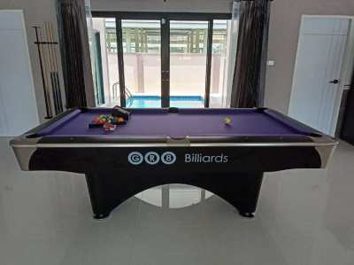 Commander 7ft. Pool Table for Sale