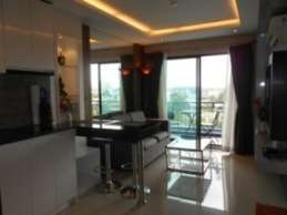 Condo for Rent South Pattaya 6,500 per month.
