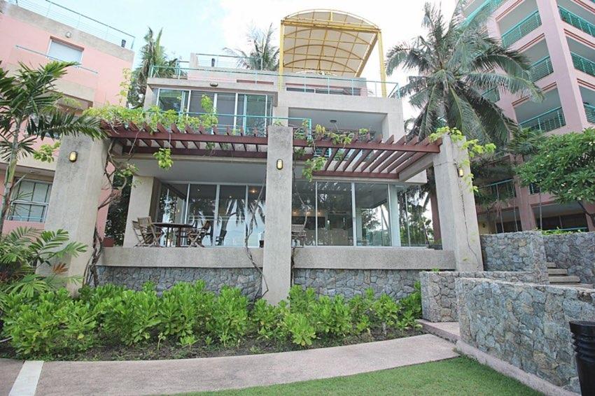 3 Story 3 Bedroom Beachfront Villa – Condo For Sale Hua Hin