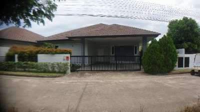 #3187   Well presented villa in this popular gated community