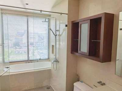 The Emporio Place Condo 1 bedroom For Rent/ Sale (BTS Phrom Phong)
