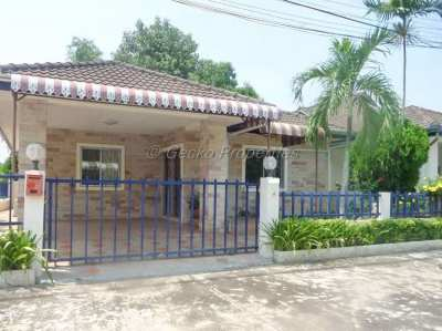 2 bed 2 bath Cheap house for sale  in East Pattaya