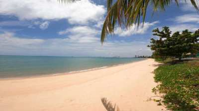 Land for sale 98.8 square wah, near the beach, Bang Saray