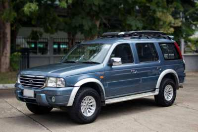 2005 (mfd '05) Ford Everest 2.5 XLT M/T 2WD