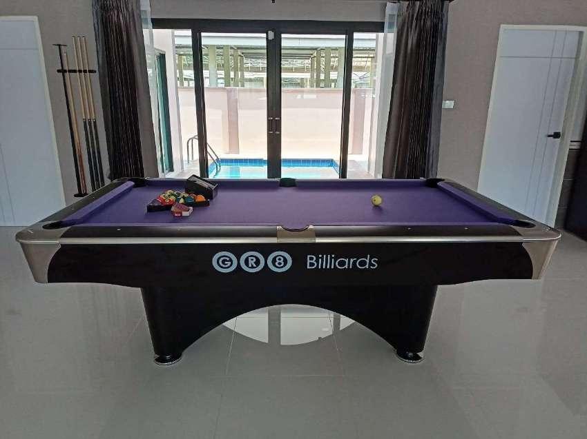 Commander Black/White 7ft,8ft,9ft Pool Table