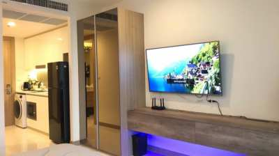 Riviera Wongamat A building sea view 5th floor URGENT SALE COVID