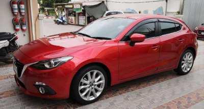 Beautiful Mazda 3 low low mileage