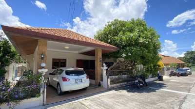 Spacious 3-bedroom city-house in village at top location