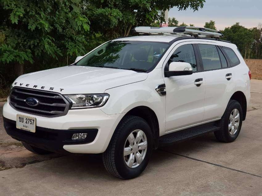 Good as new Ford Everest 2.0L Turbo Trend 2020 7-Seat