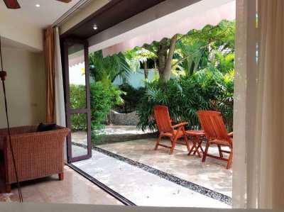 Attractive 1 bedroom condo in Tropical beach condo in Rayong!