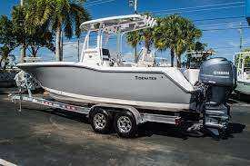 Used 2015 Tidewater 250 CC Adventure Center Console (1,163,750 THB )