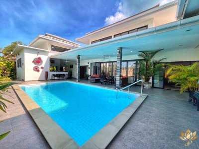 BANGKAO . BEAUTIFUL 3 BEDROOM VILLA