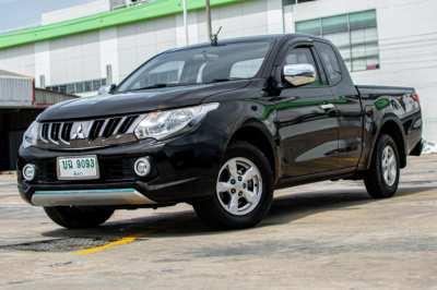Mitsubishi Triton CAB GLX 2.5 DID ดีเซล !!! โปรแรง จัดส่งรถฟรีถึงหน้าบ