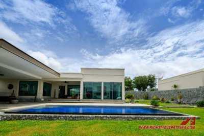 Bespoke Luxury Pool Villas from $644,000