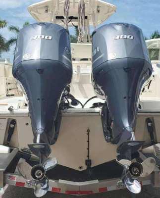 Used Yamaha 200HP 4 Stroke Outboard Motor Engine