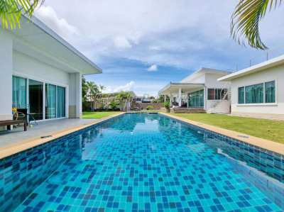 6 bed 4 bath House for sale with private pool in East Pattaya