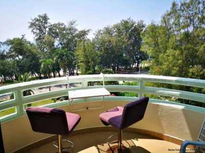 1,295,000 THB for this beach condo (36 sqm) in VIP Condochain, Rayong!