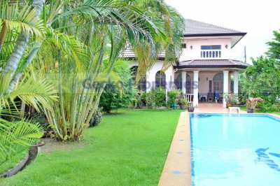 4 bed 4 bath with private pool House for sale in East Pattaya