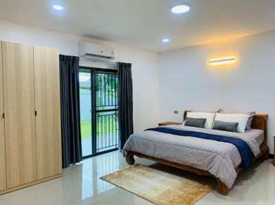 Fully renovated 3 bed 3 en-suite near Regents school and motorway