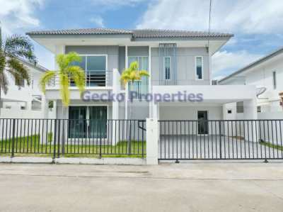 3 bed 2 bath House for sale in East Pattaya