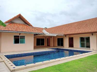 4 bed 4 bath large private pool House for rent in Mabprachan Lake