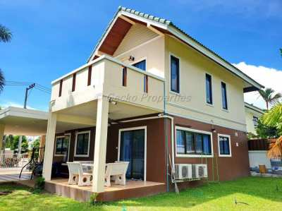 3 bed 3 bath Corner House for sale in East Pattaya