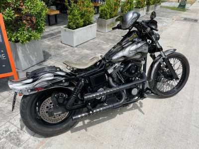 Fully custom Harley-Davidson Dyna Wide Glide with brand new S&S Engine