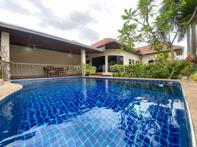 3 bed 3 bath with private pool House for sale in East Pattaya