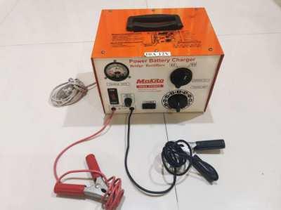 Makita Power Battery Charger 10A 12V