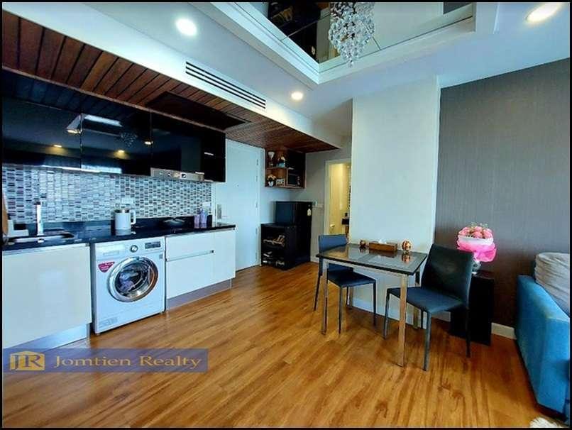 Beautiful Corner 2 Bedrooms for Sale at Dusit Grand Park Condo