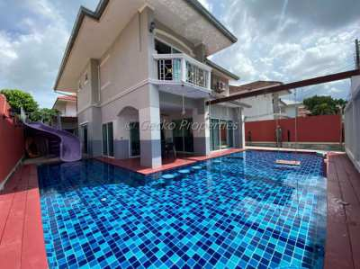 7 bed 7 bath with private pool House for sale in Jomtien
