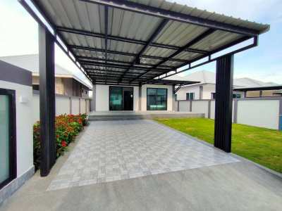 Hot! New Quality Built Furnished 3 BR 2 Bath Villa - No Common Fees!