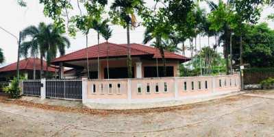 ็House for sale (372 sqm)  Good locations