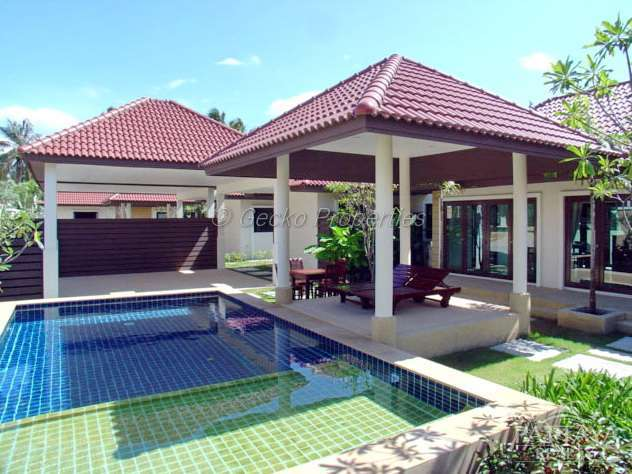 3 bed  3 bath with private pool house for rent in East Patttaya