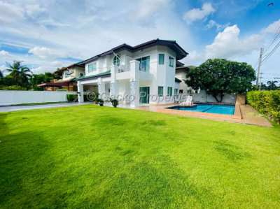 3 bed 4 bath with pool villa House for rent in East Pattaya