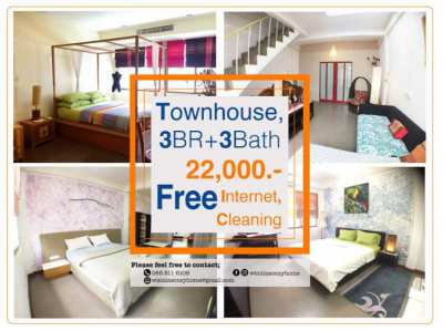 Stylish 3BR+3Bath Townhouse+Free Internet, Cleaning Service