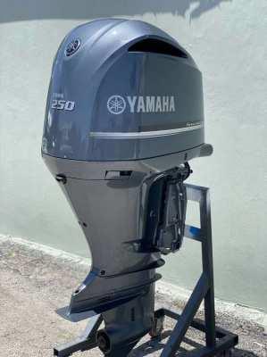 Used Outboard Yamaha 250 HP EFI Motor