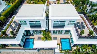 Palm Oasis Courtyard Pool Villa