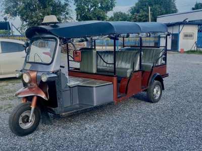 original tuktuk engine daihatsu great condition.