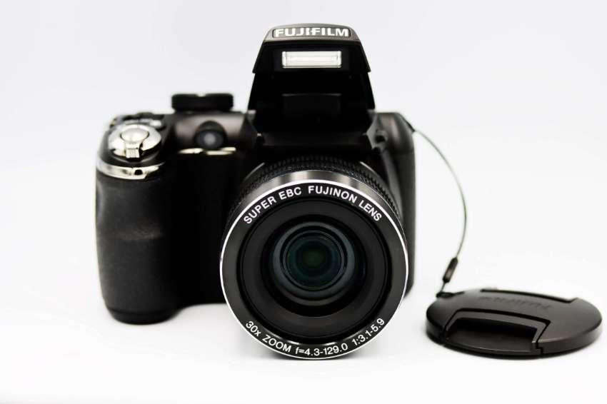 Fuji Fujifilm FinePix S4500 Digital Black Camera in Box