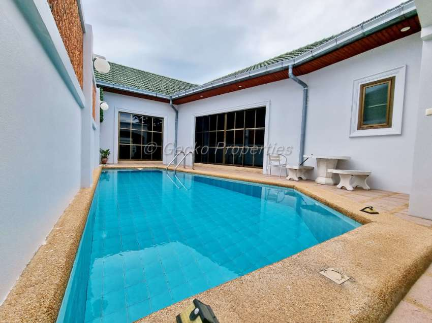 2 bed 2 bath Pool Villa House for sale in East Pattaya