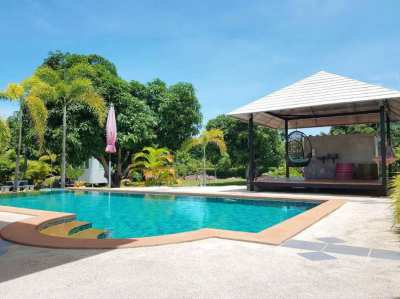 New price 6,950,000 THB! 1 rai land and 2 houses and a private pool.