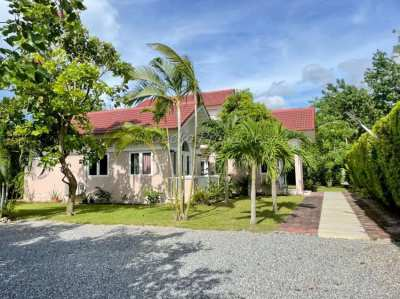 3 bed 2 bath House for rent in East Pattaya