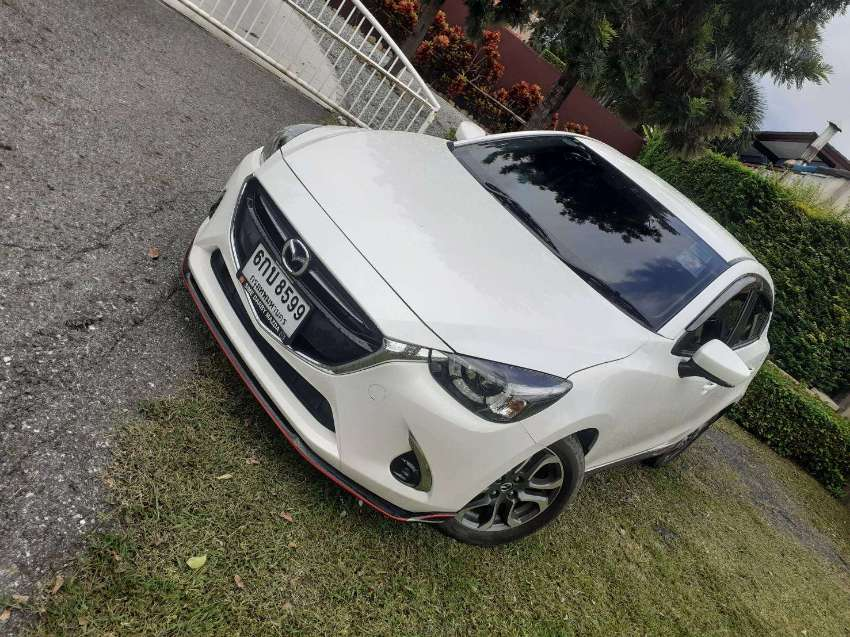 MAZDA 2 Limited, AUTOMATIC Turbo DIESEL ,very LOW kms AS NEW !
