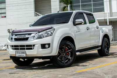 !!! กระบะ4ประตู เกียร์ออโต้ ส่งรถฟรีทั่วประเทศไทย !!! ISUZU D-MAX 3.0Z