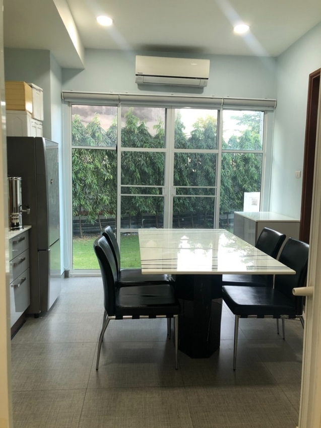 Sell 4 storey home office fully furnished at Supalai Prima Riva