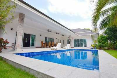 House for sale 3 bedroom 3 bathroom with private swimming pool