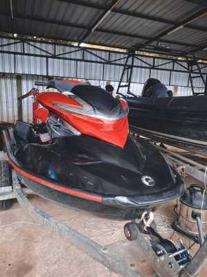Boat repair, jet ski and boat mooring services